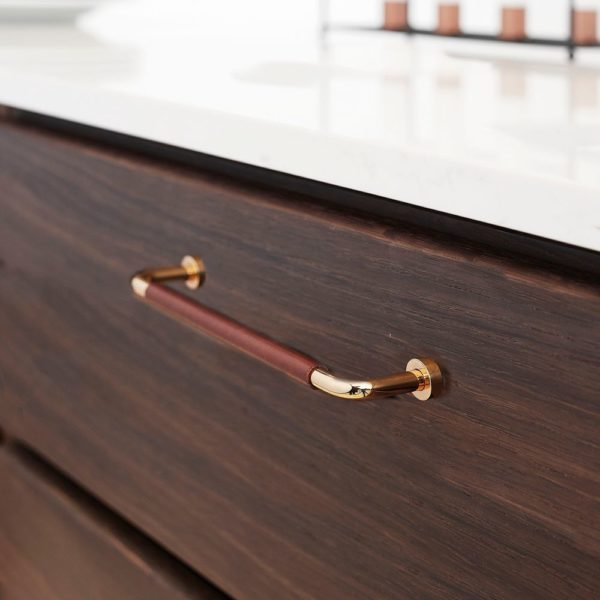 MODERN LOUNGE LEATHER PULL HANDLE