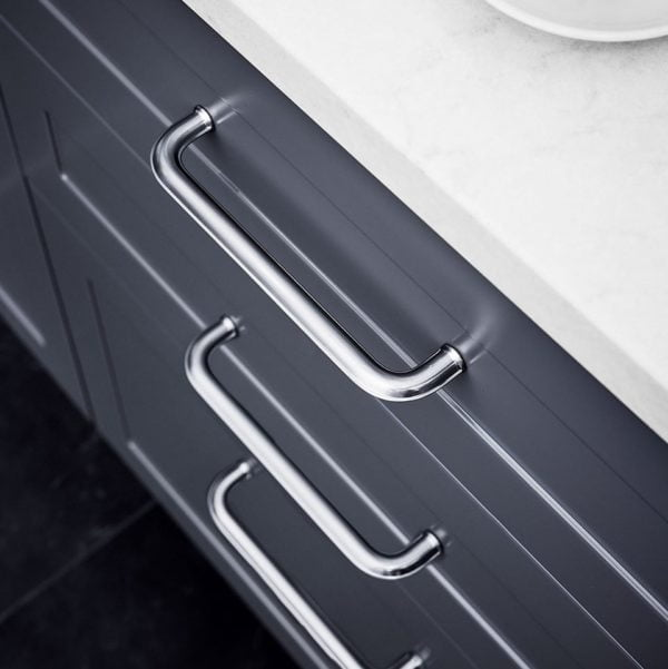 MODERN MOULD PULL HANDLE